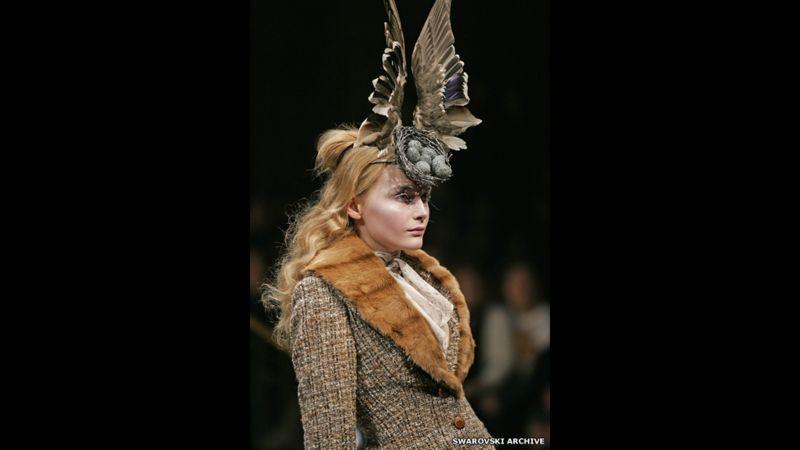 150209091548 6 birds nest headdress mad 1